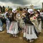 Mil festas máis para a lingua galegaMil festas máis para a lingua galega
